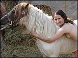 Zoophilie gratuite poney